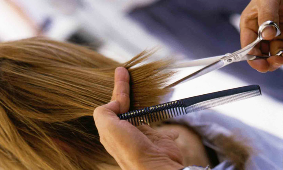 Homepage image of cutting hair