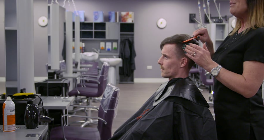Men's around the ear haircut using scissors and clippers video thumbnail
